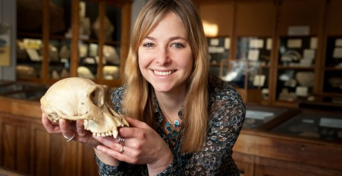 Alice Roberts holding a skull