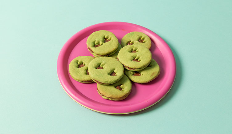 A plate of the dinosaur footprint cookies
