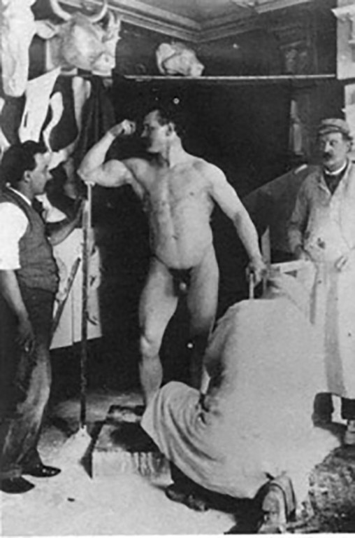 Picture of Sandow posing in the studio of Messrs Brucciani & Co