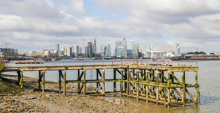 A view over the Thames Estuary. Image: Jordi Prats/Shutterstock.com.