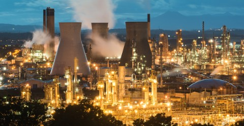 Grangemouth refinery, Scotland at dusk © orxy/Shutterstock