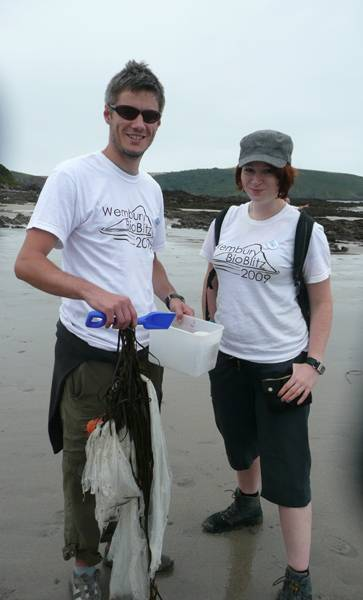 Aoife and a volunteer picking litter sml.jpg