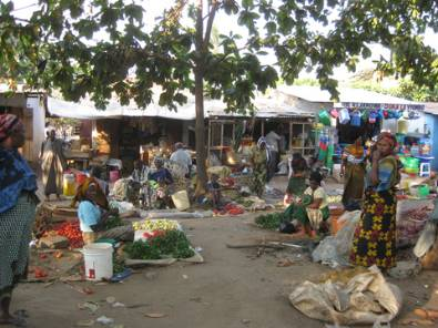 Market in Korogwe.jpg