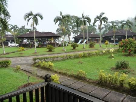 Hotel Putri Ayu.JPG
