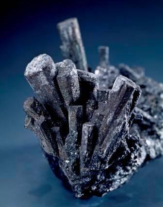 Tungsten mineral NaturalHistoryMuseum_002374_IA.jpg