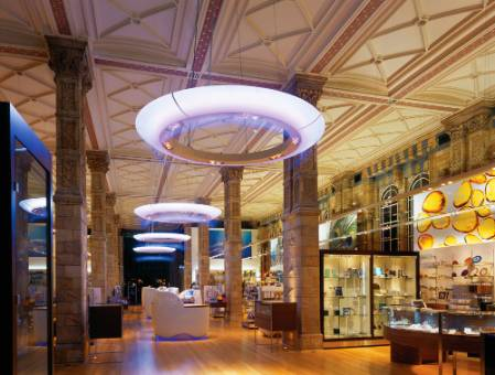 museum-shop-1000.jpg