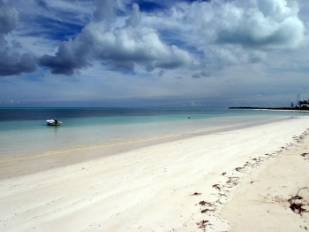bahamas-boat-plus-beach.jpg