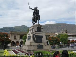Ayacucho_plaza_IMG_3272 (Mobile).JPG