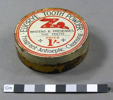 Tooth powder (Photo by S  Grieve AHT).jpg