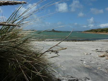 1-scilly-beach (Custom).jpg