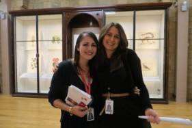 Art-Gallery-tours-Lisa-and-Sarah.jpg
