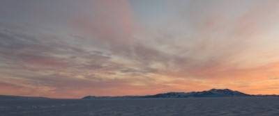 4 Soft sunset over the sea ice(cropped) (Custom).jpg