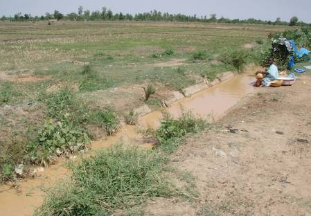 West Africa schistosome transmission site and local water collection point.jpg