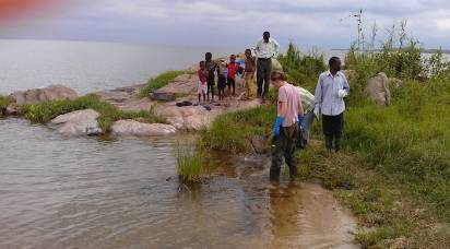 Collecting snails in Tanzania.jpg