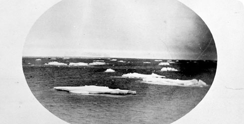 The first photos of icebergs were taken from HMS Challenger