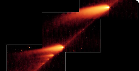 A comet breaking into fragments © NASA
