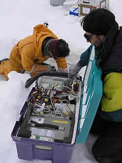 Complicated equipment measuring the carbon dioxide content of sea ice © David N Thomas