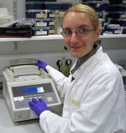 Magdalena Zarowiecki working in the DNA laboratory