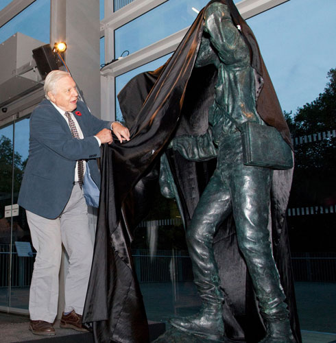 David Attenborough unveils statue