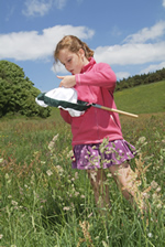 Children discover the nature and science on their doorstep with the OPAL projects