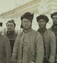 Captain Scott (centre) and crew, 13 April 1911.