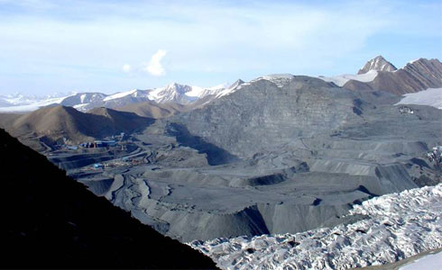 Kumtor gold mine (Kyrgyz Tienshan) in summer