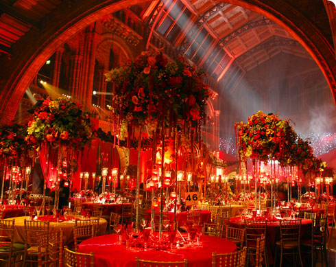 Atmospheric evening wedding reception in Hintze Hall