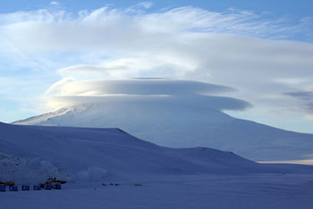 Orographic clouds circling the cone of Mount Erebus © AHT / N Dunn