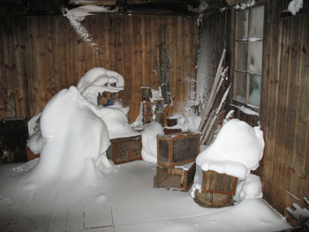 Snow build up, Discovery hut interior, 2008 © Antarctic Heritage Trust