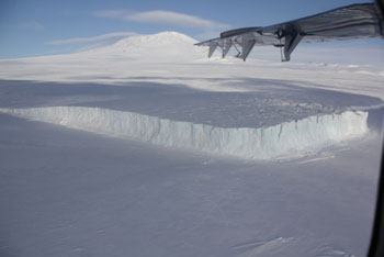Seeing Mount Erebus and the Barne Glacier from the plane © Antarctic Heritage  Trust