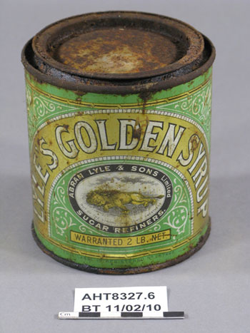 Tin of Lyle's Golden Syrup without its wrapper © AHT / M Bell