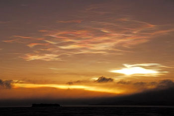 Ozone depletion in action: nacreous clouds over the Ross Sea © Antarctic Heritage Trust