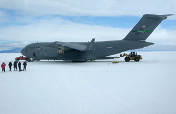 The US Air Force C17 on the Ice runway at Pegasus airfield © Antarctic Heritage Trust / N Dunn