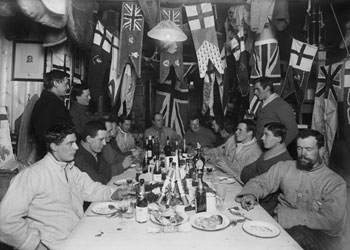 Midwinter dinner on June 22nd 1911 © SPRI / Herbert Ponting